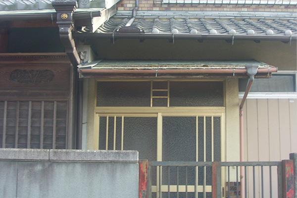 三重県伊賀市リフォーム前 玄関